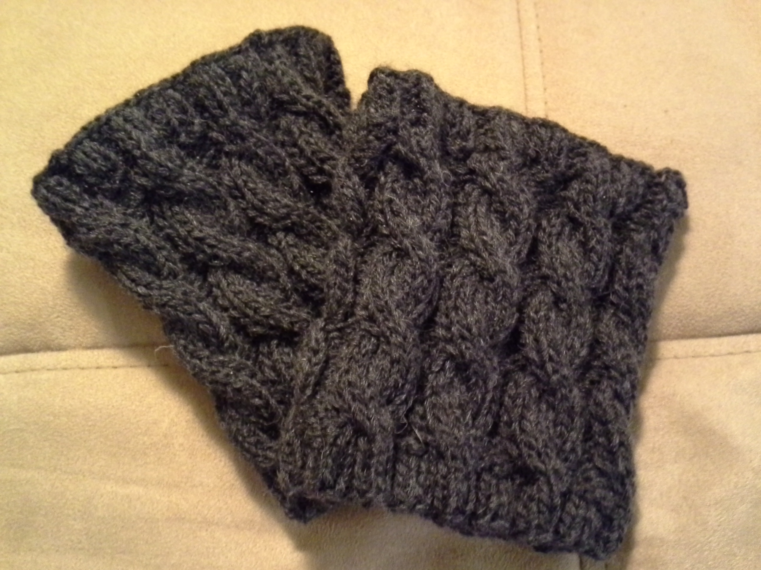 Find Out What Jen Finds : about Knitting: What are boot cuffs?? (free pattern)